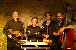 Bild Domino Gypsy- String- Quartet